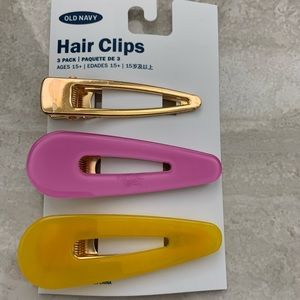 Set of 3 Hair Clips New With Tags